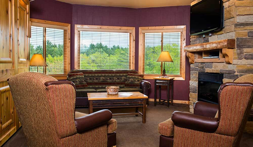 2 bedroom premier glacier canyon lodge wisconsin dells. Black Bedroom Furniture Sets. Home Design Ideas