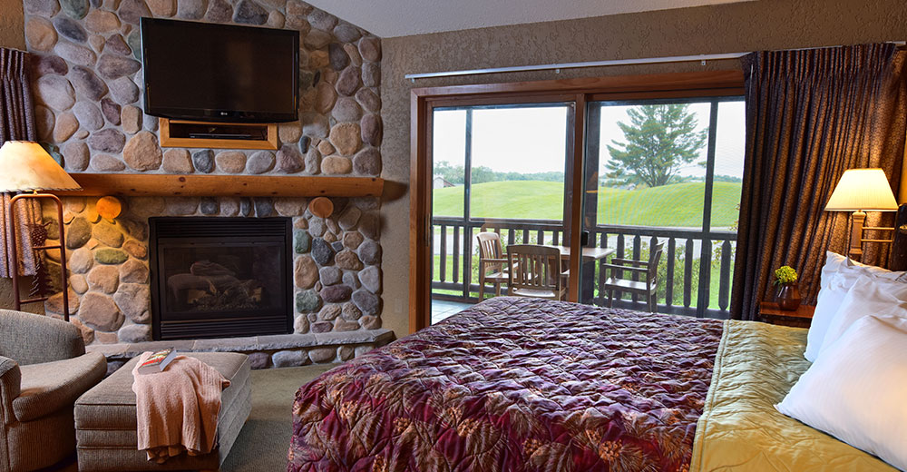 4 bedroom frontier condo wilderness resort wisconsin dells. Black Bedroom Furniture Sets. Home Design Ideas