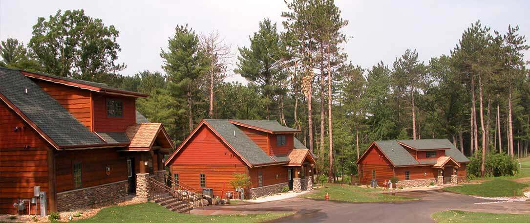 in cabin accommodations dells bedroom resort wisconsin wilderness cabins retreat