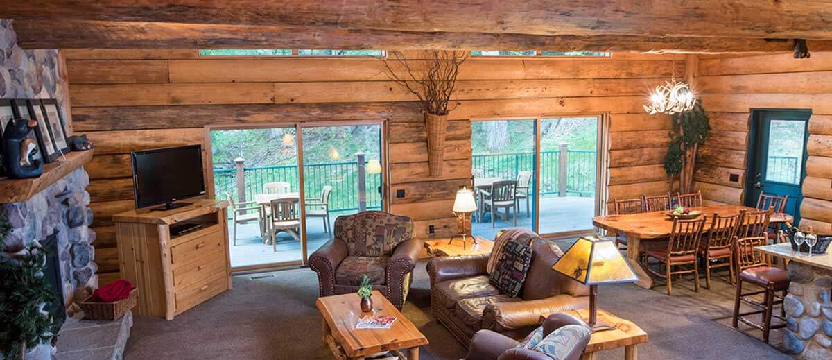 cabins in dells wisconsin ha free lakefront passes person w waterpark cabin property