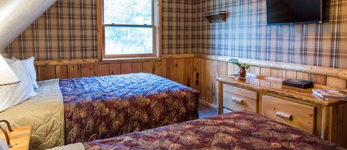 5 Bedroom Retreat Cabin | Wilderness Resort Wisconsin Dells